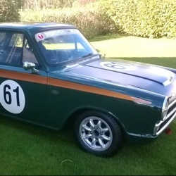 Safety Devices Ford Cortina Mk1 6 Point Bolt In Roll Cage